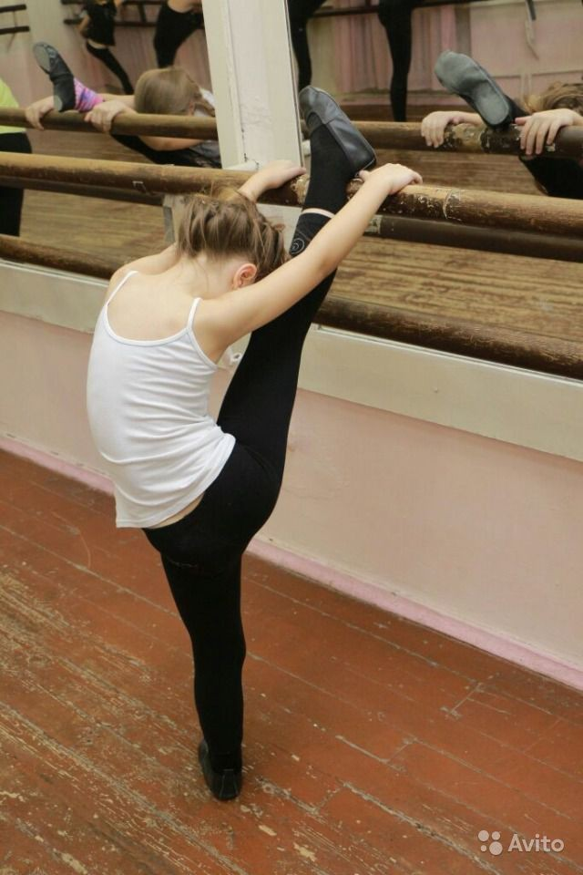 Stretching від Jazz Dance School