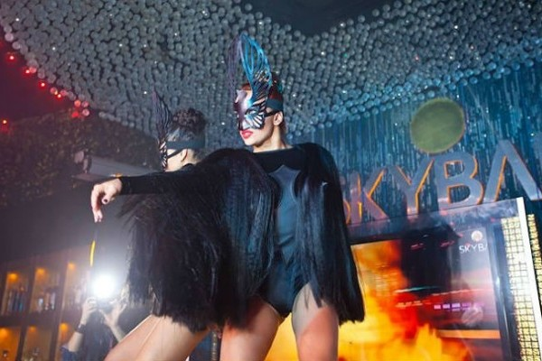 SkyBar night club - Клуб Скайбар в Киеве на сайте Moow.life